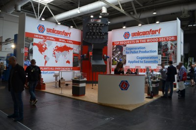 Company stand UNICONFORT SRL on trade show LIGNA PLUS HANNOVER 2017