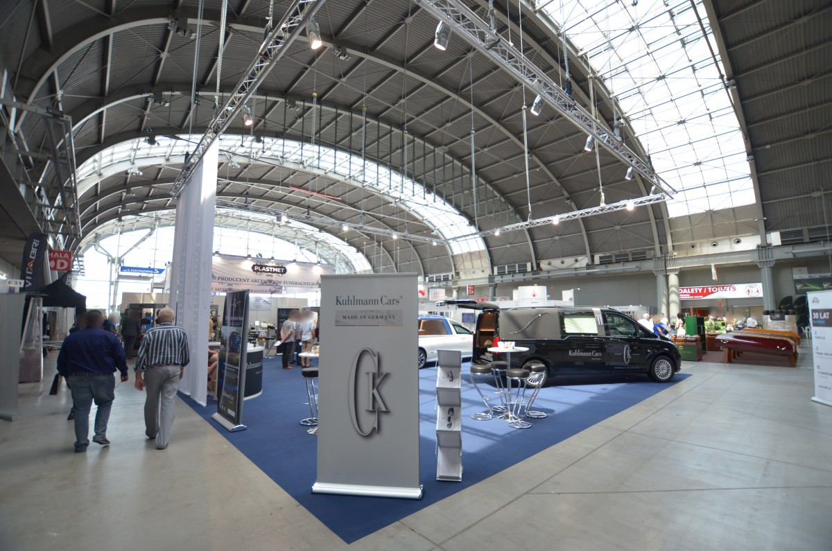 Company stand KUHLMANN - CARS GmbH on trade show NECROEXPO 2019