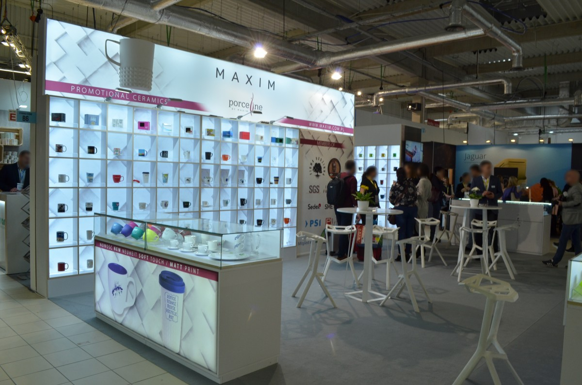 Company stand Porceline by MAXIM on trade show RemaDays Warsaw 2020