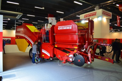 Company stand Grimme Landmaschinenfabrik GmbH & Co. KG on trade show LAS-EXPO & AGROTECH 2015