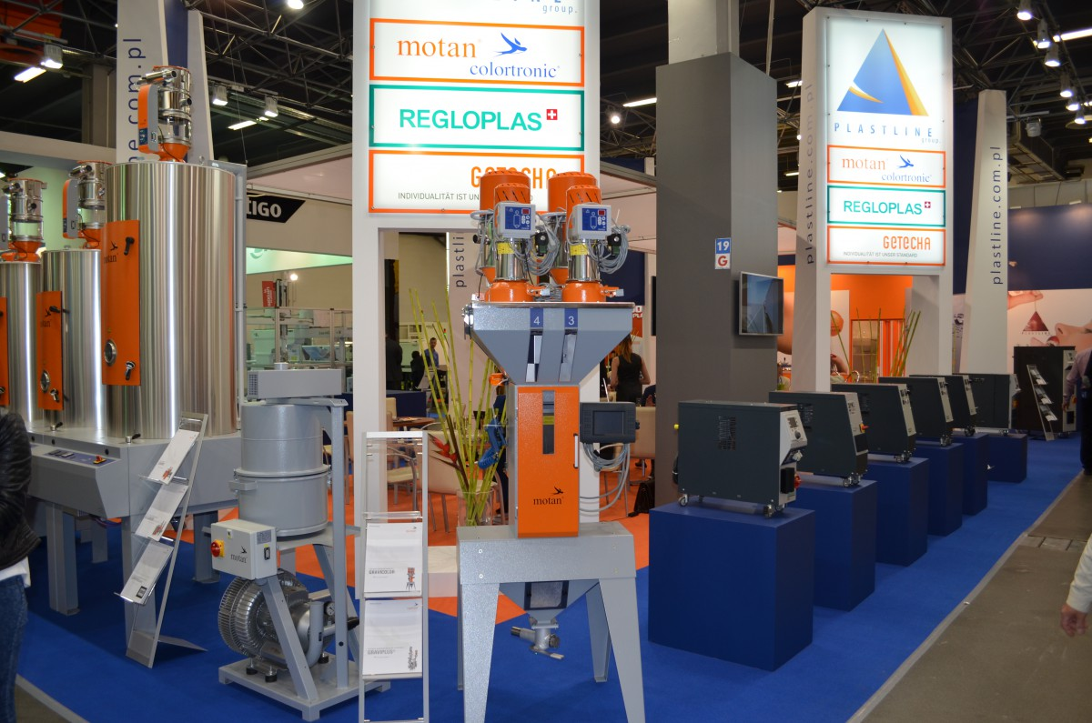 Company stand MOTAN-COLORTRONIC GmbH on trade show PLASTPOL 2015