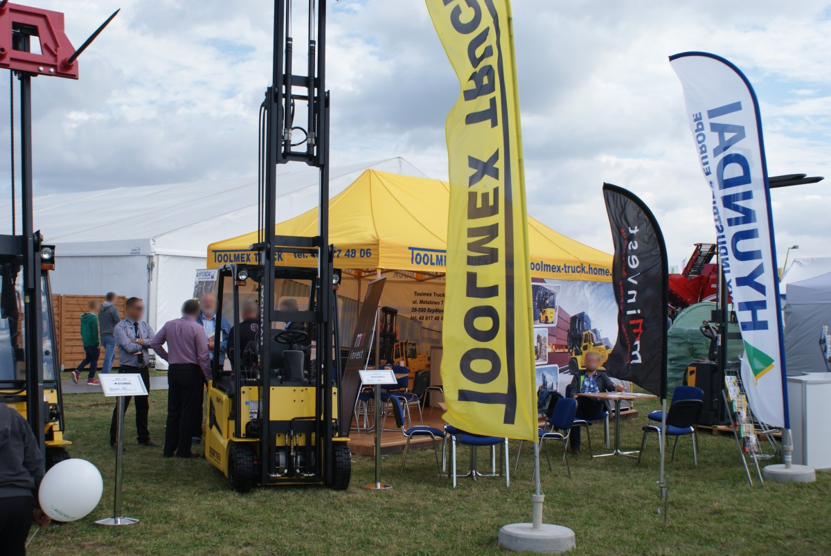 Company stand TOOLMEX TRUCK Sp. z o.o. on trade show AGROSHOW 2015