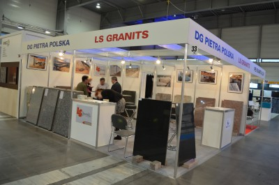 Company stand LS GRANITS / LES GRANITS DE LASCOMBES on trade show KAMIEN-STONE 2015