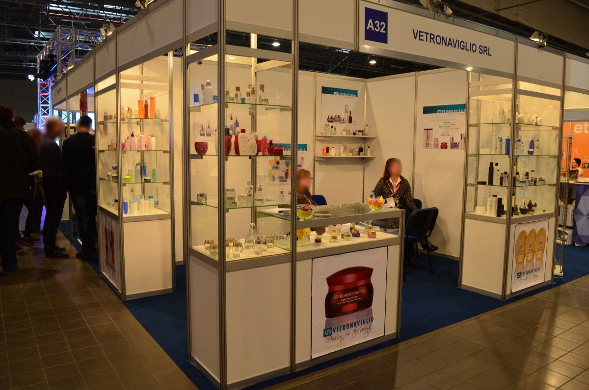 Company stand VETRONAVIGLIO on trade show PACKAGING INNOVATIONS WARSZAWA 2016