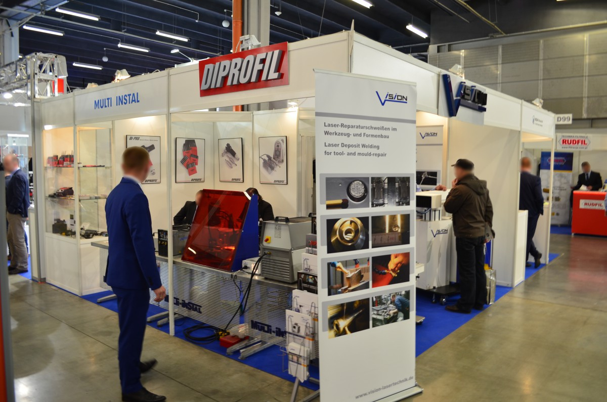 Company stand MULTI-INSTAL on trade show PLASTPOL 2016