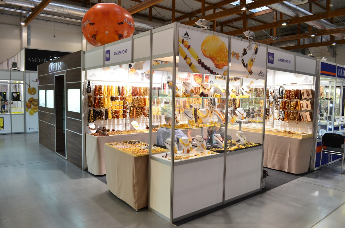 Company stand Amber Port on trade show JUBINALE 2016