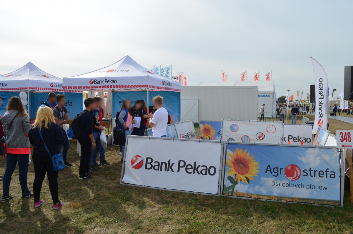 Company stand Bank Pekao SA on trade show AGROSHOW 2016