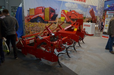 Company stand Grimme Landmaschinenfabrik GmbH & Co. KG on trade show AGROTECH & LAS-EXPO 2017